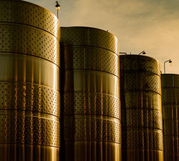 Tanque de Armazenamento em Aço Carbono